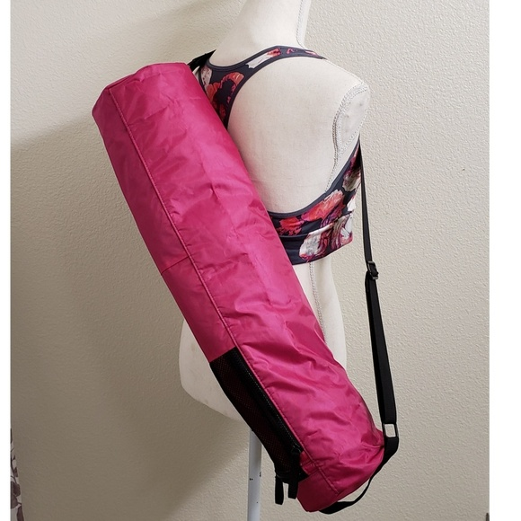 price remains stable official store free shipping NEW - YOGA MAT Tote Magenta/Blk Nylon Forever 21 NWT